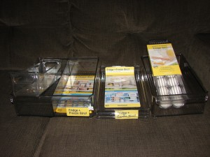 Fridge and Freeze bins keep items organized.